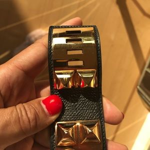 Hermès Gold / leather Bracelet New w recipe & box.